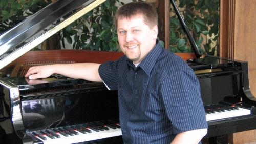 Klavier- und Cembalobaumeister Markus Niewienda