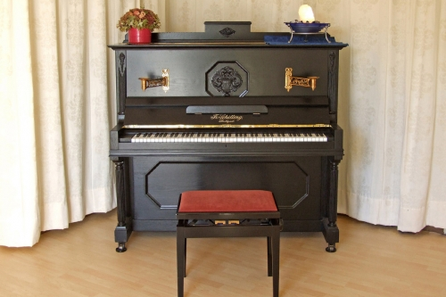 Schilling-Piano-01